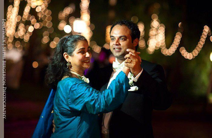 Goa wedding photojournalist - A wedding reception at Cidade de Goa